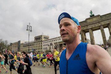 Durch's Brandenburger Tor laufen - was für ein Gefühl!