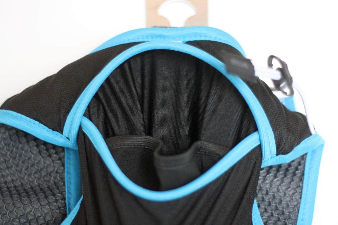 Rückenfach mit Unterteilungen