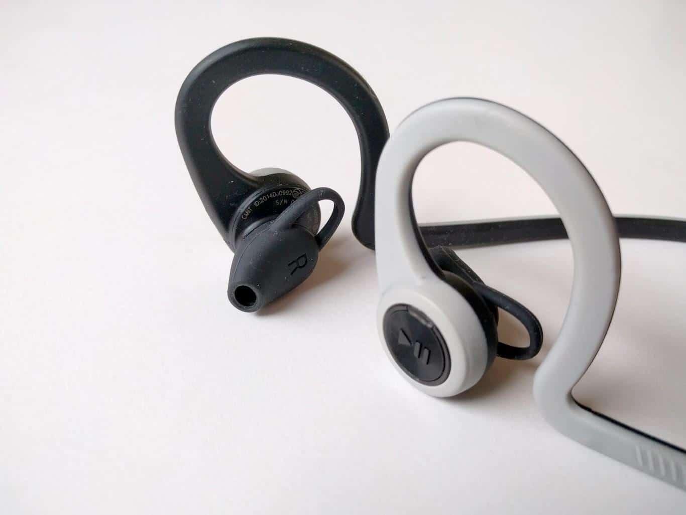 Ohrenbügel und -stöpsel
