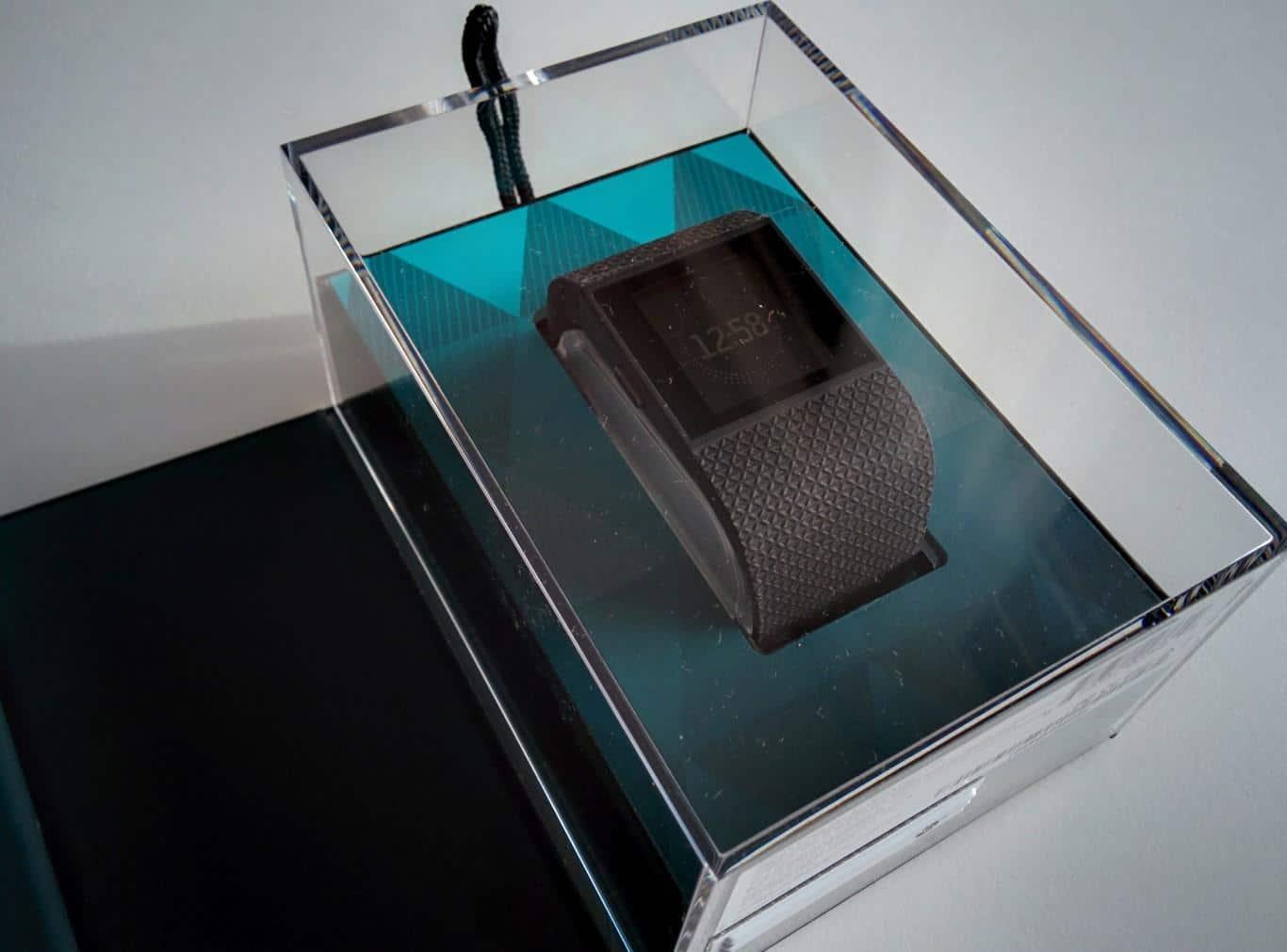 Fitbit Surge - Präsentationsverpackung
