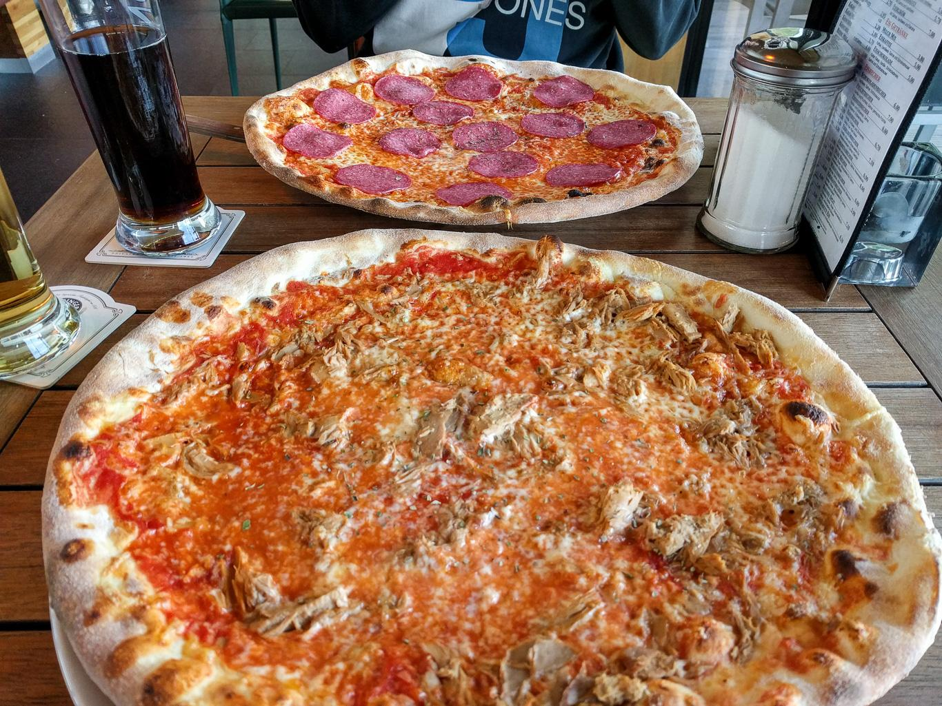 Die XXL-Pizza war echt lecker