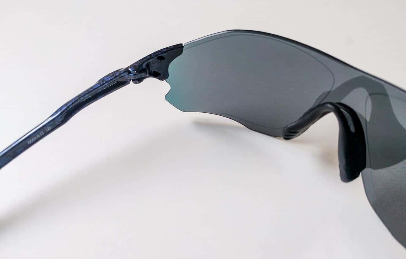 Oakley EVZero Path - Gelenk und Glasanschluss